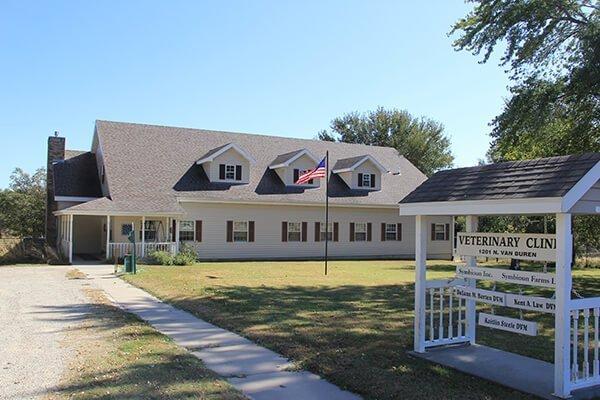 Canine Reproduction Services in Abilene, KS
